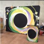Права текстилна рекламна стена 200x230 cm и правоъгълна катедра с ПЕЧАТ