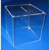 Кутия от плексиглас