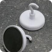 Феритен магнит с диаметър 36 mm и отворена кука - до 8 кг.
