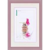 PVC фото рамка с профил в млечно лилав цвят